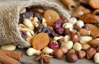 Why You Should Eat Nuts Everyday