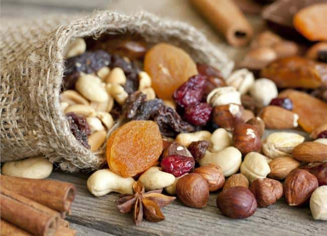 benefits of eating nuts every day