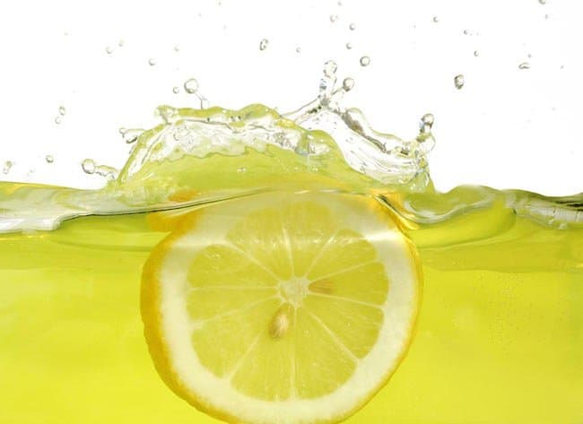 lemon water helps weight loss