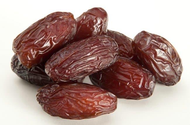 Calories in dates