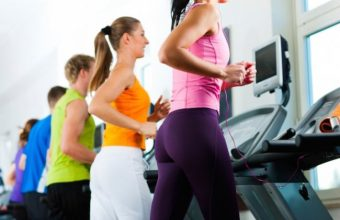 Running on the treadmill or outdoors. Which is better for weight loss?